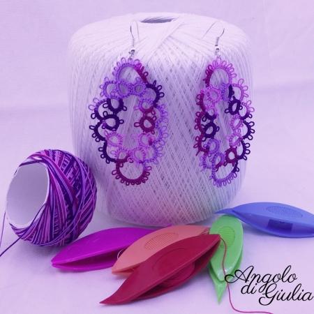Orecchini in chiacchierino ovali viola